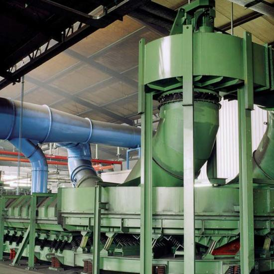 Long distance vibratory feeder